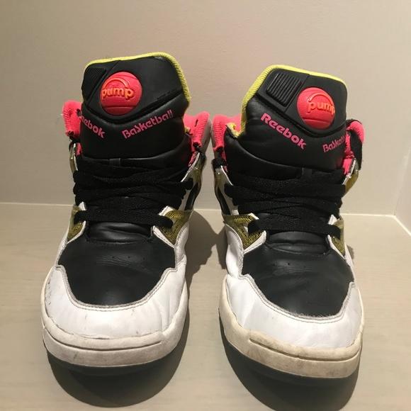 720a963e93da Reebok Pump Omni Lite White Black Pink Mens Basket.  M 5bfc848ec2e9fe8ddcaa85ca. Other Shoes ...
